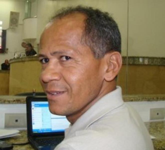 Radialista Valdomiro Silva