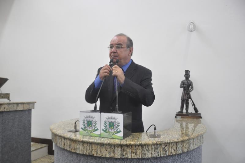 Vereador José Carneiro critica funcionamento de UPA do HGCA