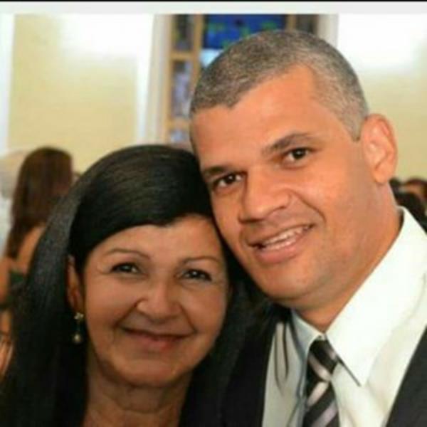 Secretario Pablo e sua Mãe