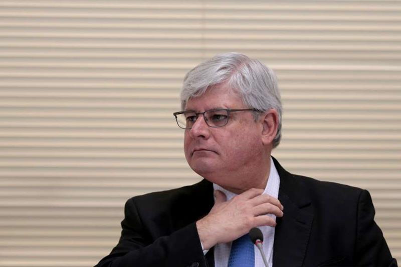 Janot ajuiza ação pedindo suspensão da lei da terceirização