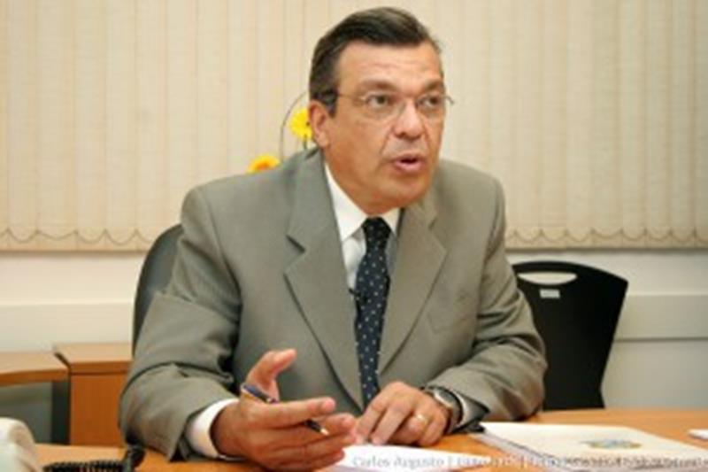 Targino-Machado-1