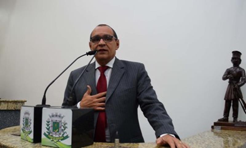 Vereador-Roberto-Tourinho