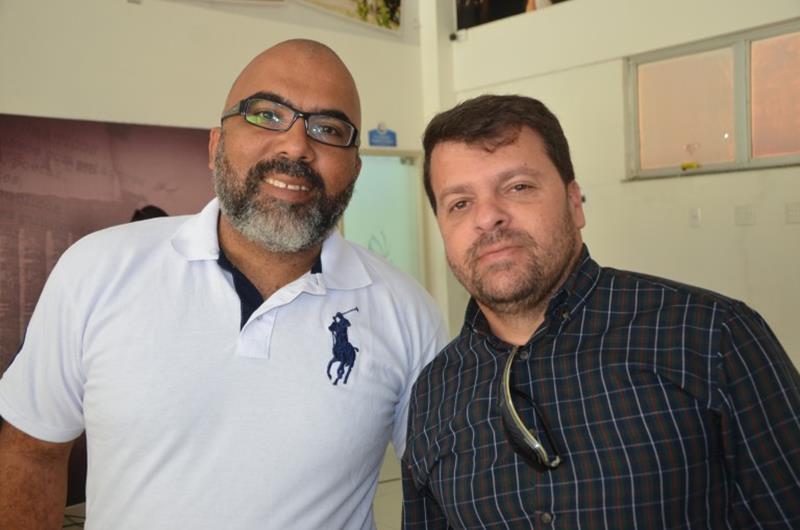 Fabio Negryne (barba) e Nau Santana